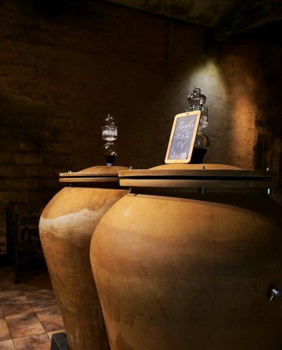ボルドーワインの熟成容器の多様化