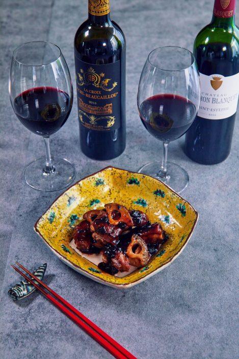 引き締まった鉱物感と骨格の強さ、厚みや凝縮感のあるワイン