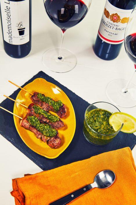 しっかり焼いた料理とメドックワイン